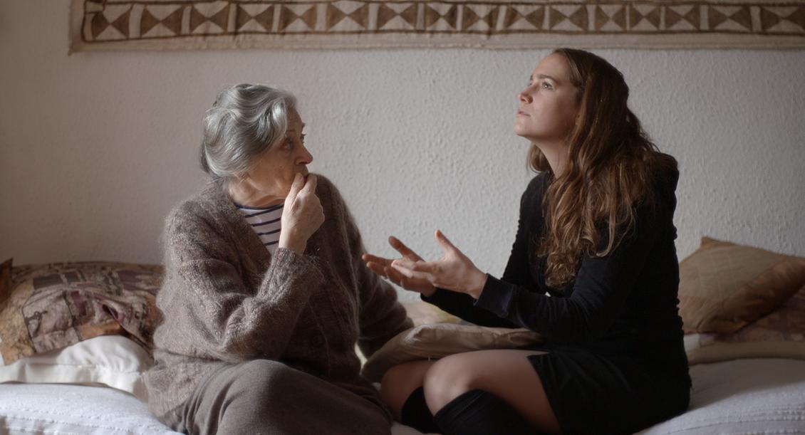 LVDT_Thérèse et sa petite fille © AGAT Films & Cie.jpg